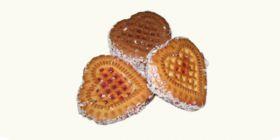 Печенье сахарное «Сердечки» с джемом и кокосом
